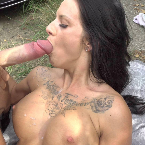 Tattooed brunette gets fucked for cash - Photo 15 / 16